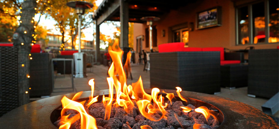 Social Kitchen Firepit Slider